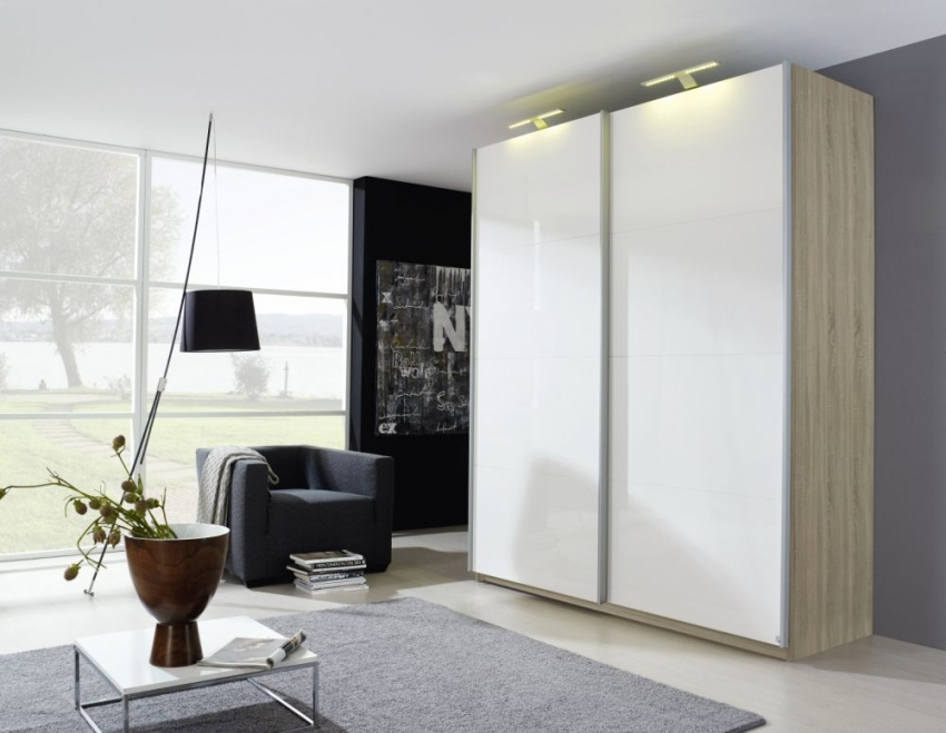 Rauch Beluga Plus Sliding Wardrobe with Front High Polish Overlay