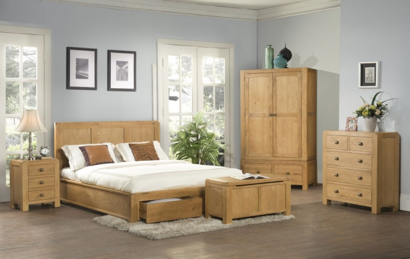 Devonshire Avon Oak 3+2 Drawer Chest