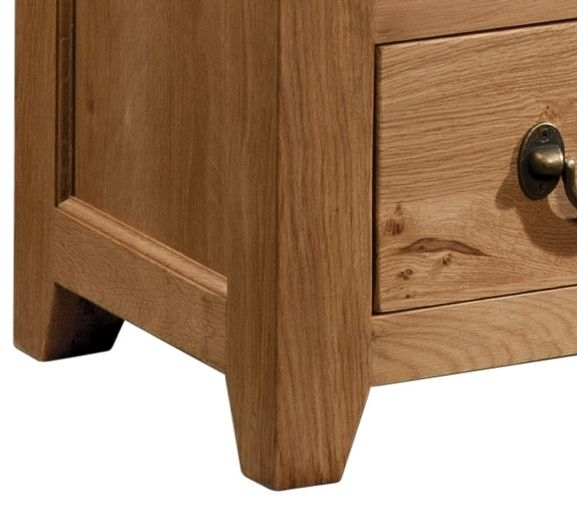 Devonshire Somerset Oak Bedside Cabinet - 3 Drawer