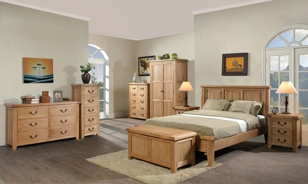 Devonshire Somerset Oak Chest of Drawer - 5 Drawer