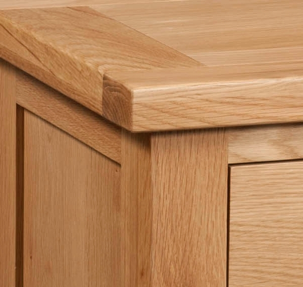 Devonshire Dorset Oak Chest of Drawer - 2+2 Drawer
