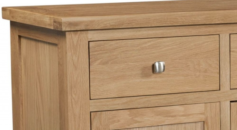 Devonshire Dorset Oak Wide Sideboard