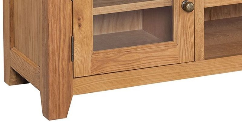 Somerset Oak Wide Screen TV Unit