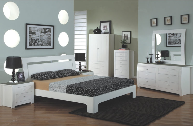 Vida Living Newport White Gloss Bed