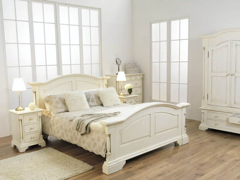 Vida Living Ailesbury Painted Bed