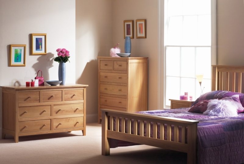 Corndell Nimbus Oak 3+4 Low Bed Chest of Drawer