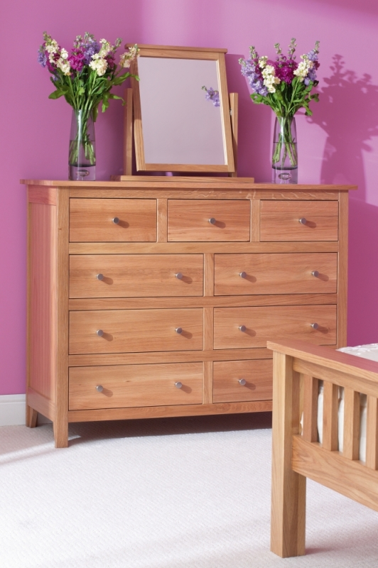 Corndell Nimbus Oak 3+6 Chest of Drawer