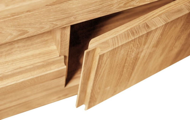 Clemence Richard Massive Oak Wide 4 Chest of Drawer