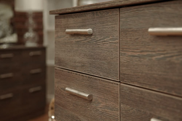 Contrast Panga Chest of Drawer - 5 Drawer Narrow