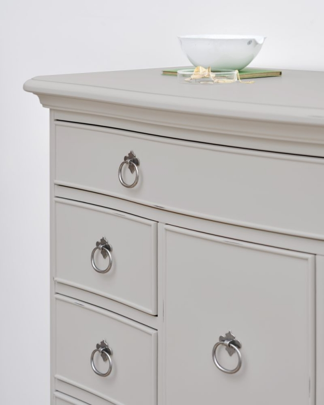 Willis and Gambier Etienne Grey 8 Drawer Chest