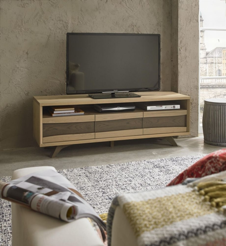 Bentley Designs Cadell Aged and Weathered Oak Entertainment Unit