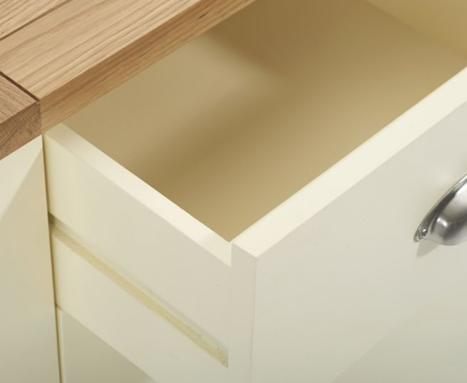 Mark Harris Sandringham Oak and Cream 2+4 Drawer Chest