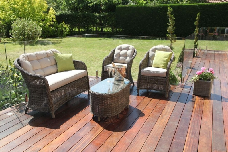 Maze Rattan Winchester Heritage Rounded Sofa Set
