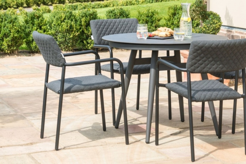 Maze Lounge Outdoor Bliss Charcoal Fabric 4 Seat Round Dining Set