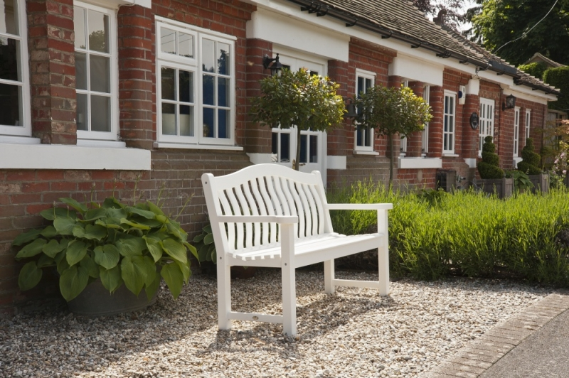 Alexander Rose New England White Painted Turnberry Bench 5ft