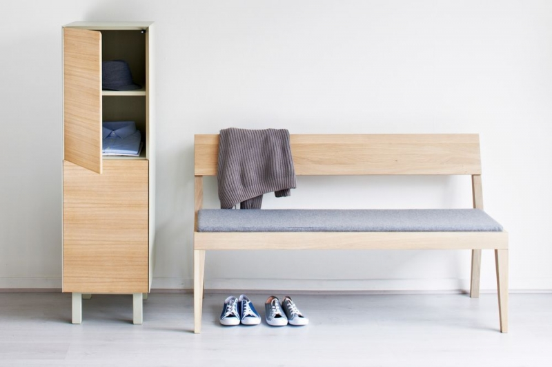 Cubo Oak Bench with Light Grey Upholstered Seat Pad