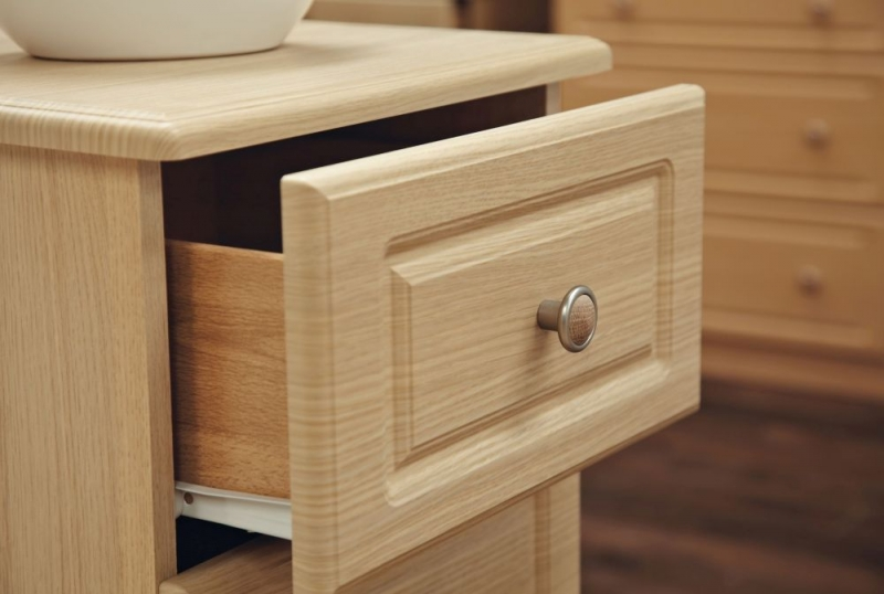 Pembroke Light Oak Chest of Drawer - 4 Drawer Locker