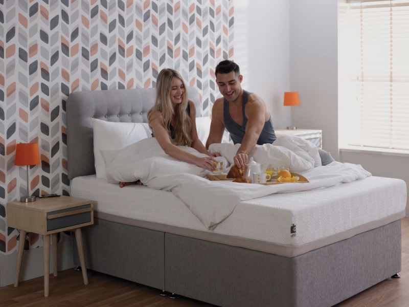 Breasley UNO 2000 Pocket Spring 25cm Deep Mattress with Fresche Technology - 4ft 6in Double