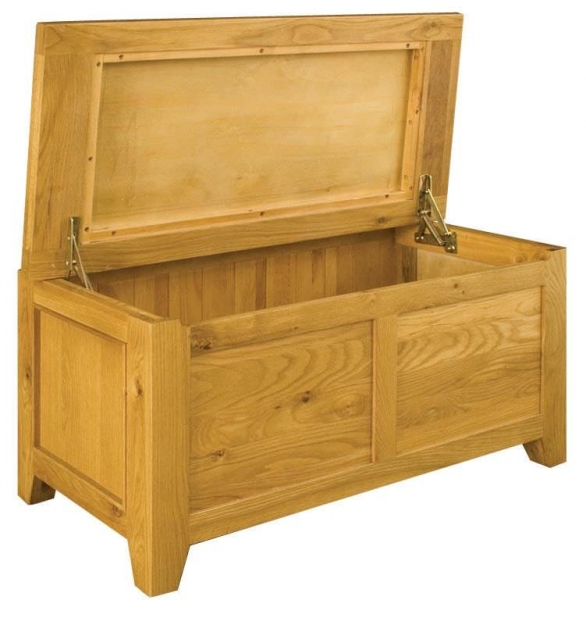 Vermont Oak Blanket Box