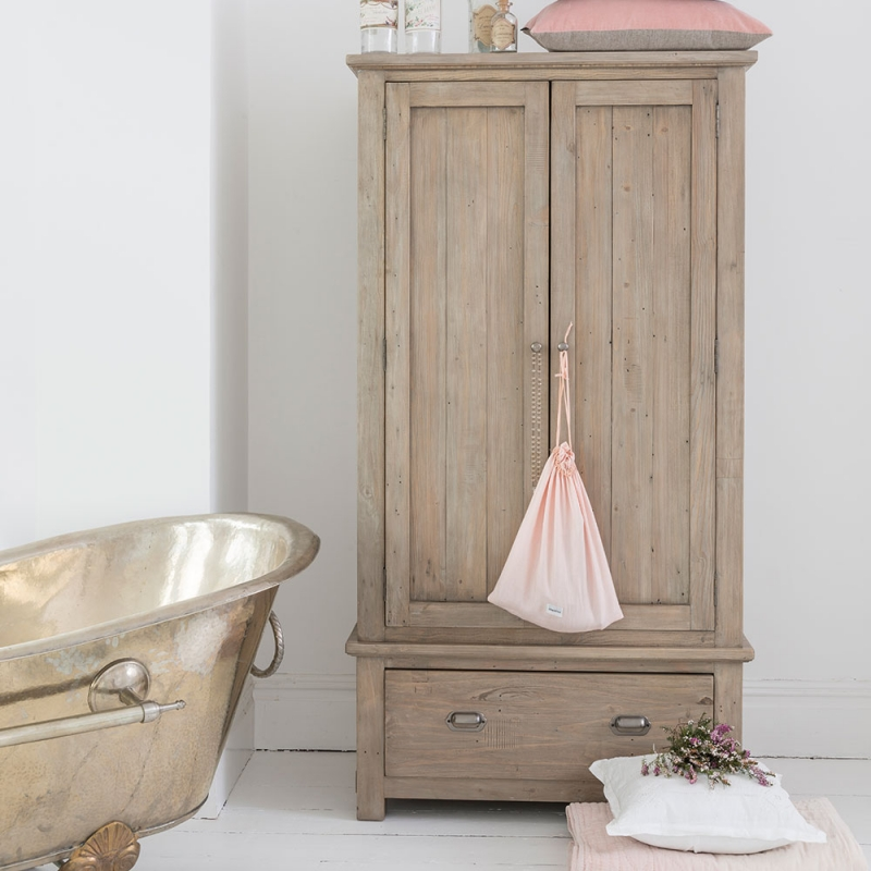 Willis and Gambier West Coast Pine Wardrobe - Double