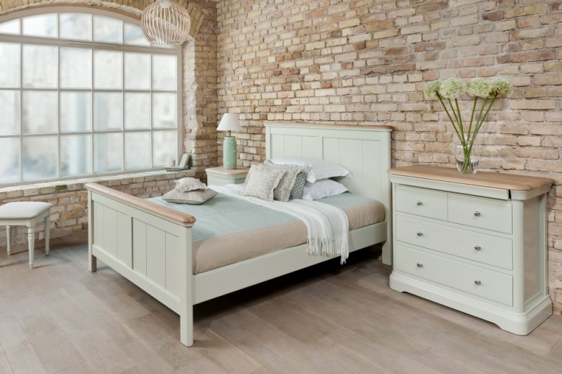 TCH Cromwell 2+2 Drawer Chest - Oak and Painted