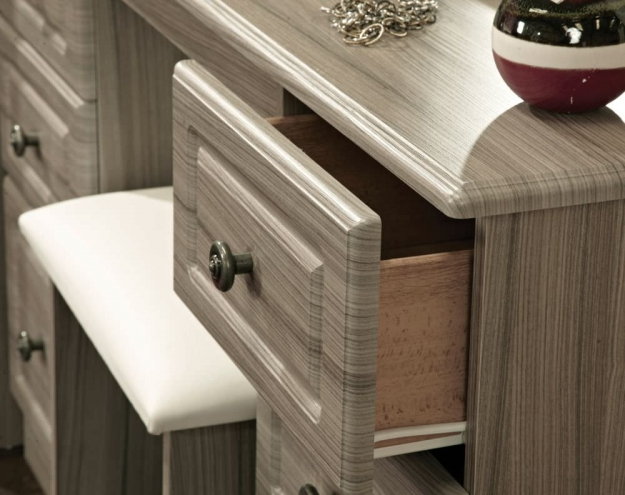 Pembroke White Chest of Drawer - 6 Drawer Midi