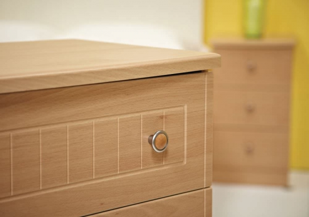 Warwick Cream Bedside Cabinet - 3 Drawer