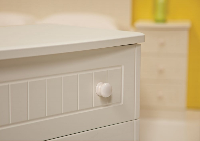 Warwick Cream Bedside Cabinet - 3 Drawer Locker