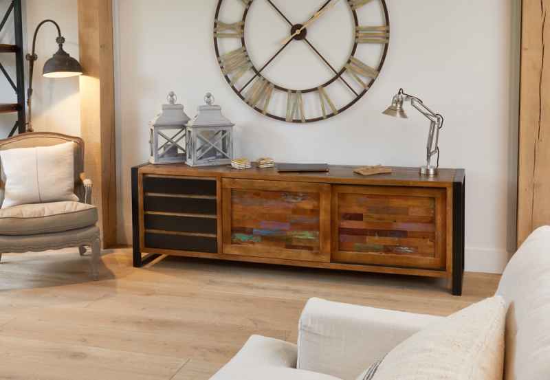 Baumhaus Urban Chic Ultra Wide Sideboard
