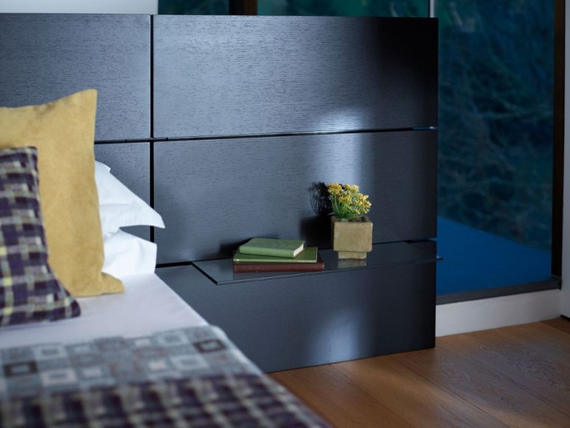 Islington Black Bed with Side Panel